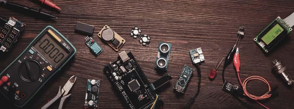 اهمیت تولید قطعات الکترونیکی زندگی روزمره